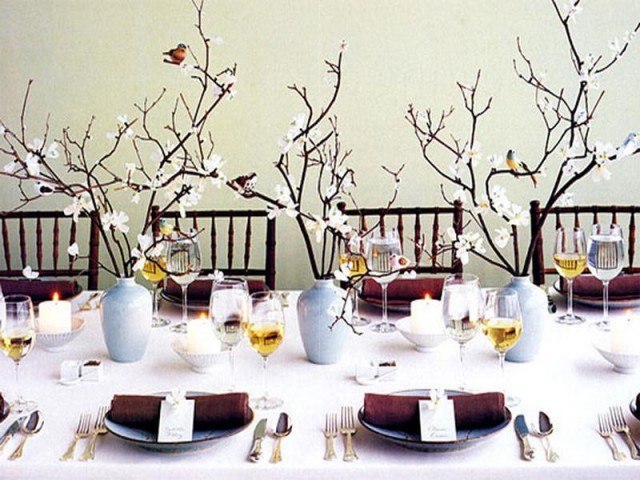 amazing-white-christmas-table-decorations-table-decorating-ideas-for-christmas