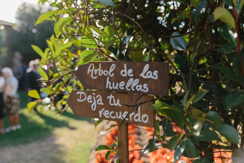 Árbol de huellas bodas -Love Lovely