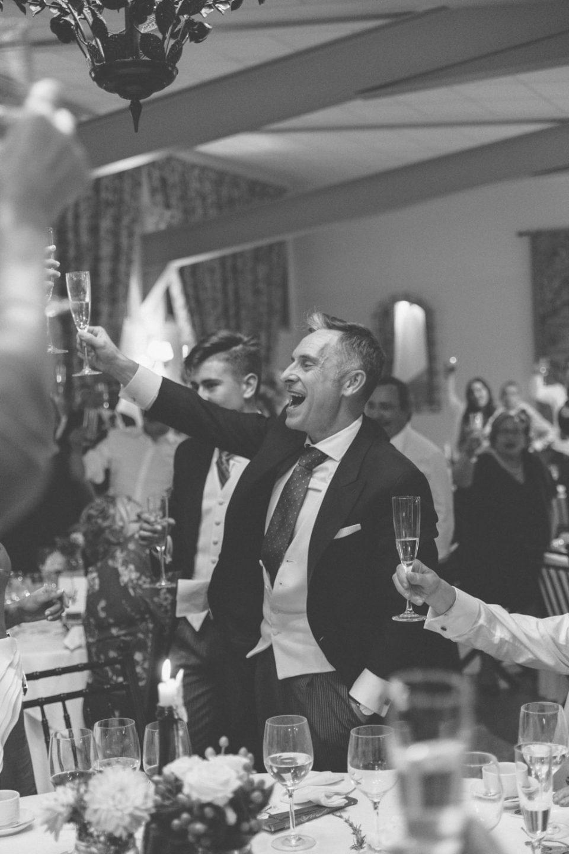Celebración boda padrino-Love Lovely