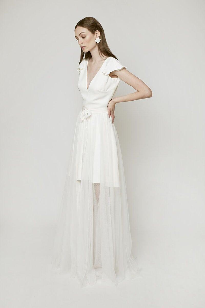 vestido de novia con sobrefalda de Tull