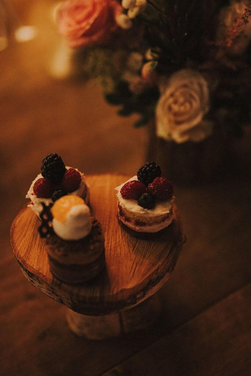 pastelitos de una mesa dulce Ena di piazza