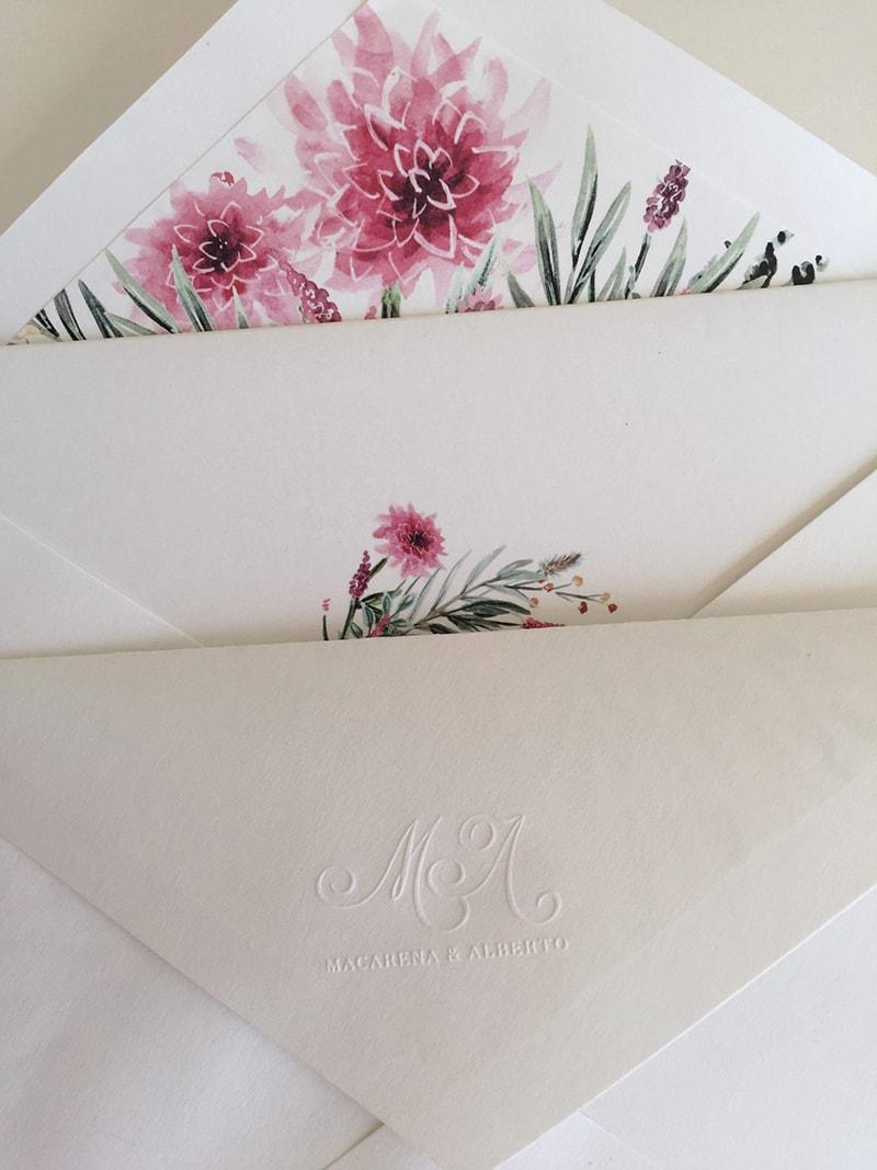 Papelerías de bodas con motivos florales