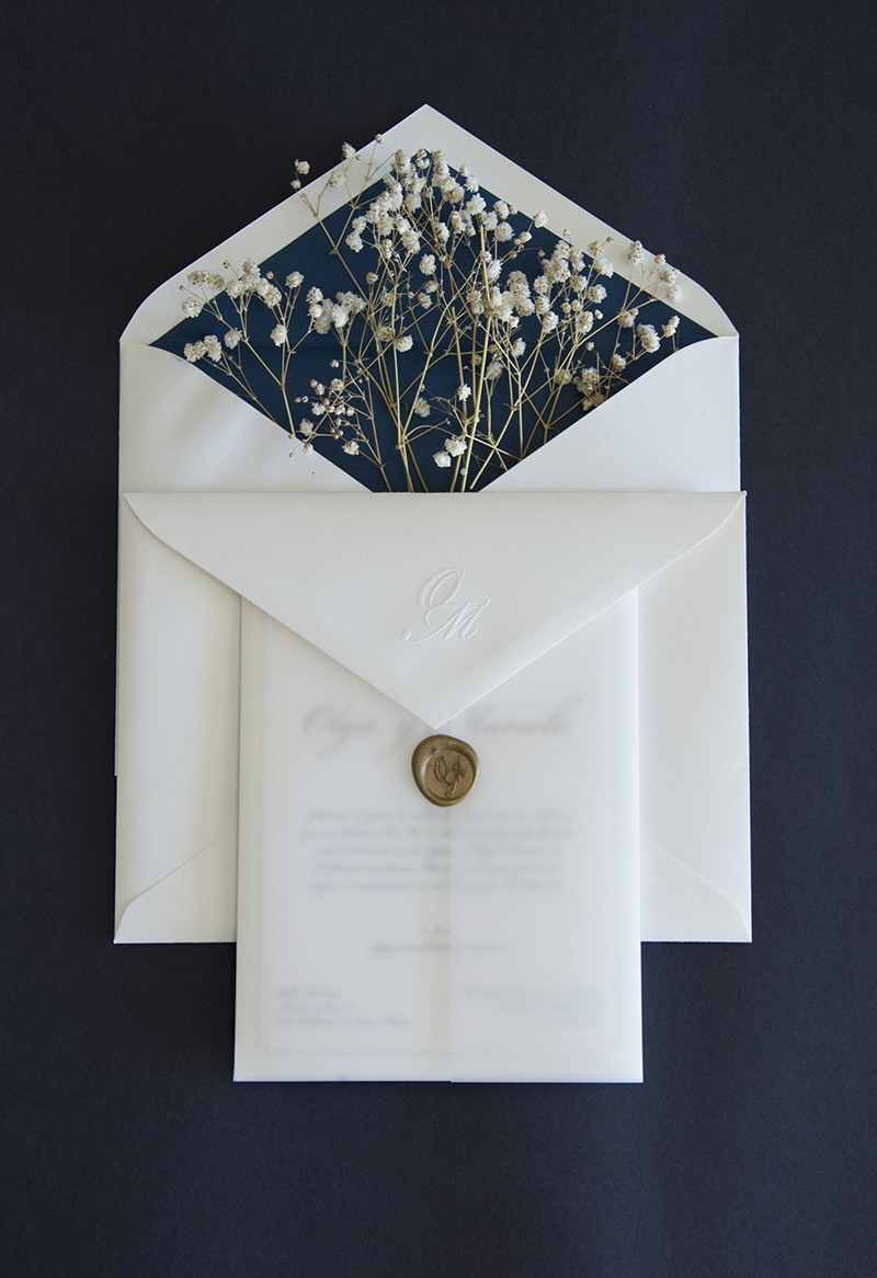 Papelerías de bodas bonitas con sobres especiales