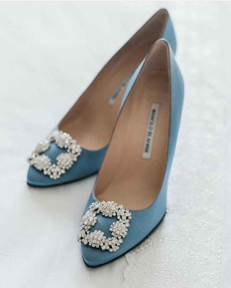 Zapatos Malo Blahnik clásicos para novia