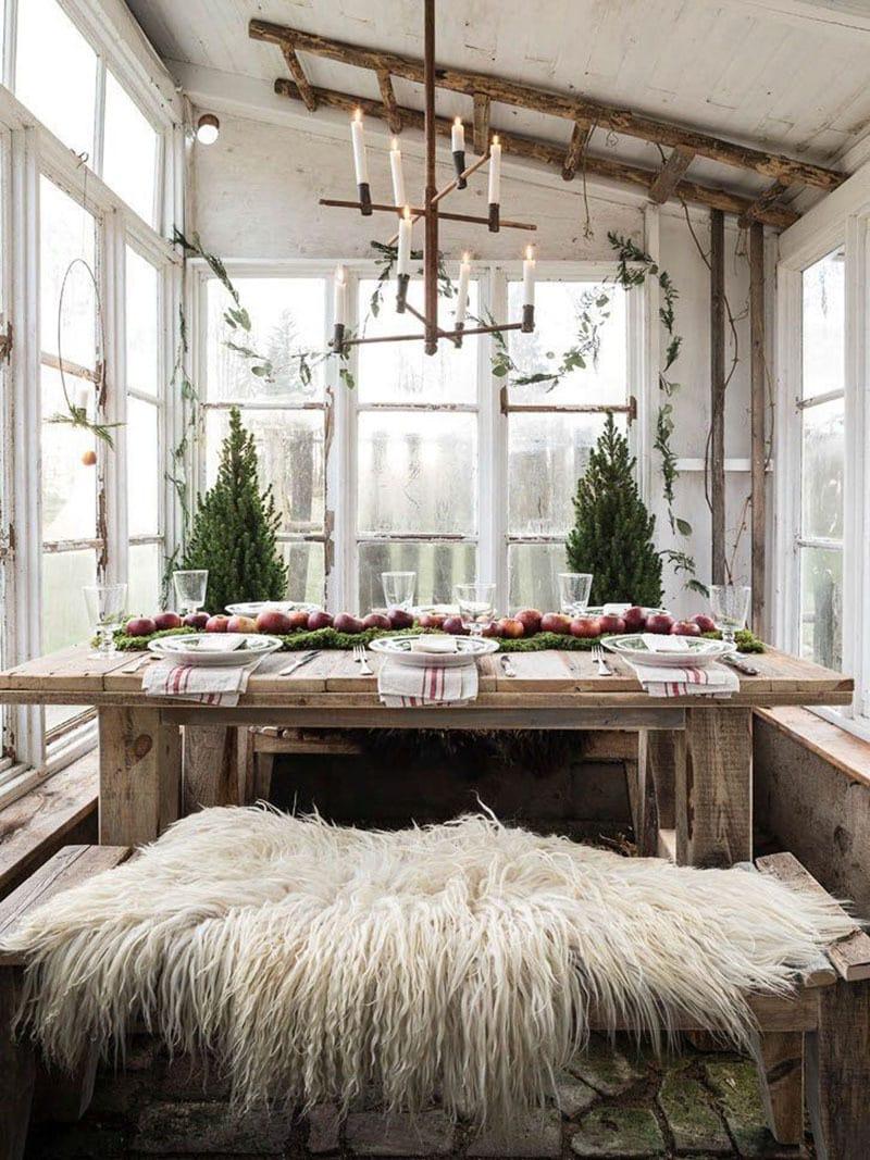 Decora la mesa esta navidad. Abetos en ventana