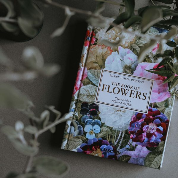 redoute-book-flowers-1
